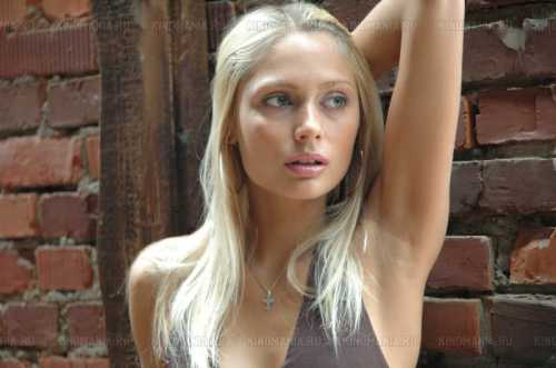 Наталья Рудова опубликовала фото до пластики