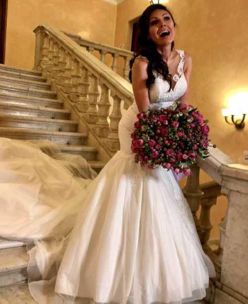 В Сети появились фото возлюбленной Тимати в свадебном платье