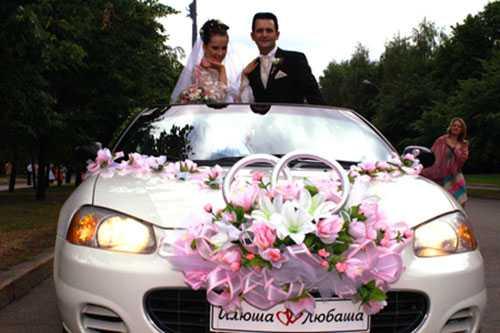 А раньше венчание было главной частью свадебного торжества, поэтому тщательно подбиралась не только сама церковь, но также наряды для невесты и жениха