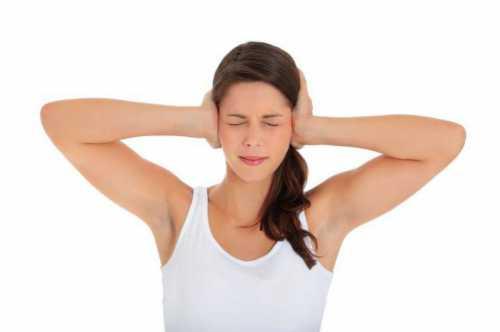 Что делать, если шум в ушах и в голове вызывается остеохондрозом, почему не помогает обычная зарядка