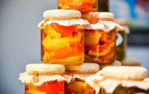 Узнай рецепт салата на зиму из помидоров и