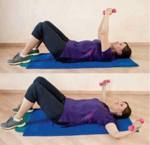 Во время выполнения упражнения колени обязательно должны быть параллельны друг другу и ни в коем случае не сводиться вместе и не разводиться врозь
