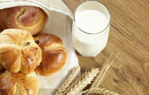 Рецепты булочек с вишней, секреты выбора
