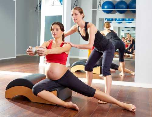 После тренировок они хорошо поддерживают живот и имеют меньше шансов расслоиться при родах