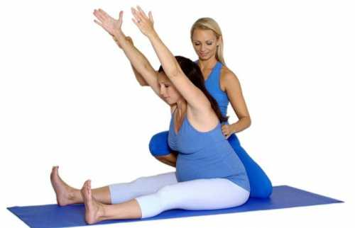 Это позволяет скорректировать осанку мышцы, поддерживающие позвоночный столб не только укрепляются и приобретают тонус, но и удлиняются, с них уходит лишнее напряжение и позвоночник распрямляется
