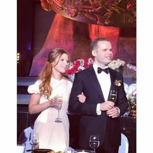 Фото со свадьбы Юлии Савичевой