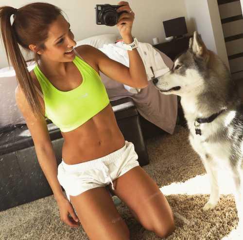 Без оправданий: 9 упражнений, способных заменить тренировку в зале