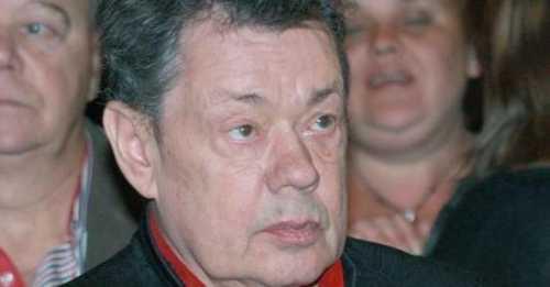 Сын Караченцова высказался о госпитализации отца