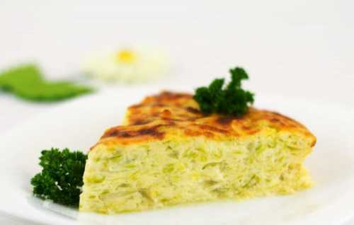 К этому блюду очень подходит кислосладкий соус и корейские солености килограмм свиной вырезки